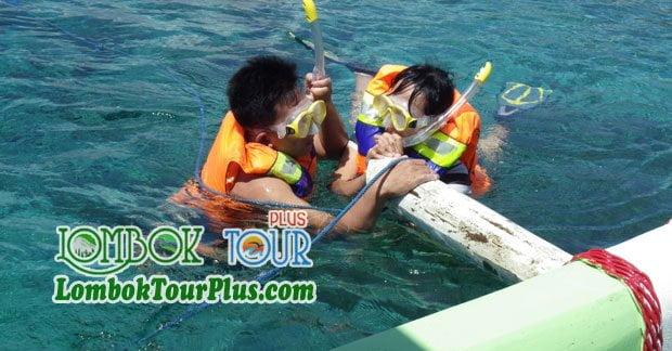 Keseruan Snorkling di Lombok