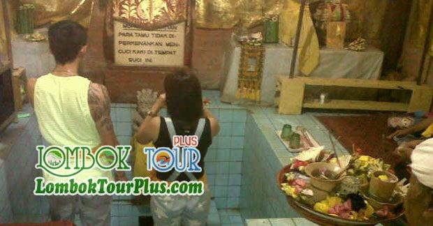 Air awet muda di Wisata taman naramada lombok