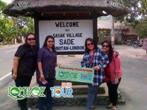 Wisata desa sade Lombok bersama Lombok Tour Plus