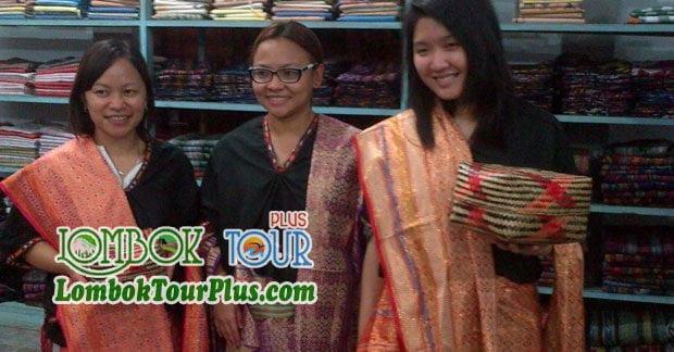 Baju Khas Lombok