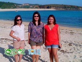 Wisata Pantai Kuta Lombok Bersama Lombok Tour Plus