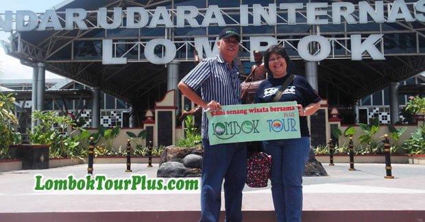 Ibu Trifena Tiba di Bandara Lombok