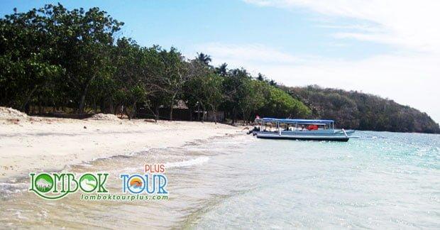 Wisata Gili Tangkong Lombok