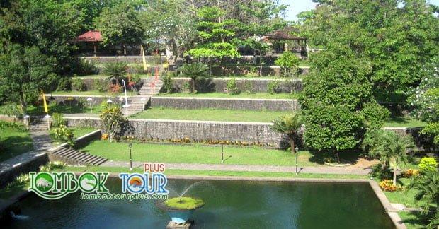 lombok tour Taman Narmada