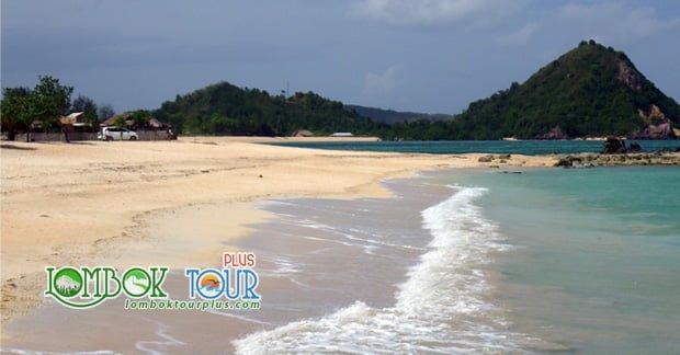 spot foto di Lombok yang keren Tanjung Aan