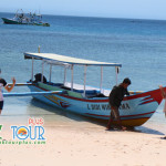 Indahnya Alam Pantai Pink di Lombok Yang Unik