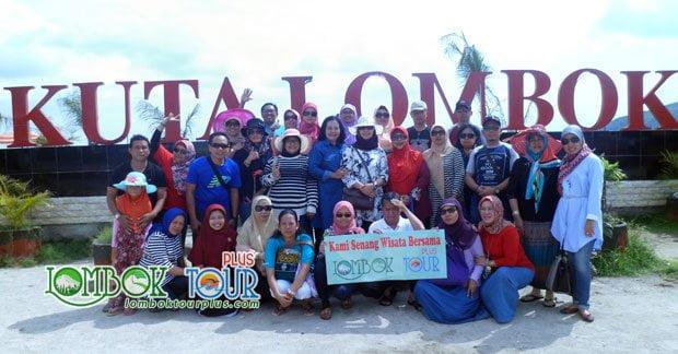 Serunya Wisata di Lombok Ibu Yati dan Group