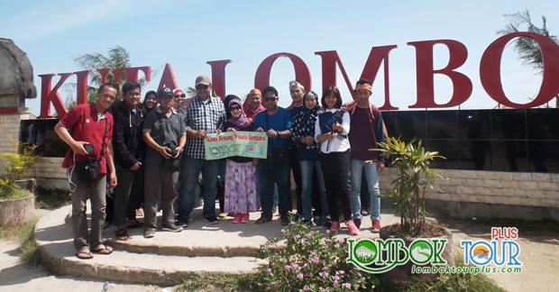 Wisata Bapak Oky & Keluarga di Pantai Kuta Lombok