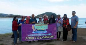 Indahnya pantai tanjung Aan lombok yang memikat
