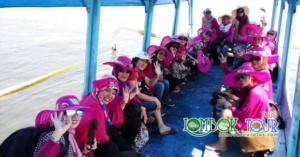 Perjalanan Wisata Ibu Sri dan Sahabat Menuju Gili Trawangan