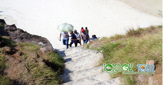 Mendaki tanjung aan lombok