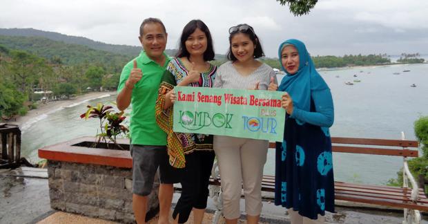 Wisata di Lombok Ibu Anin dan Keluarga