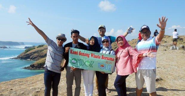 Wisata Ibu Erni dan Sahabat di Lombok