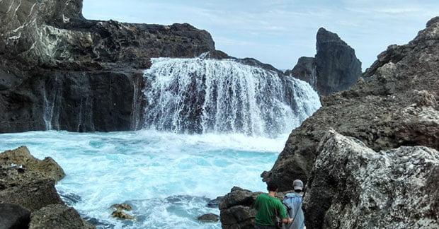 Pantai Nambung Lombok