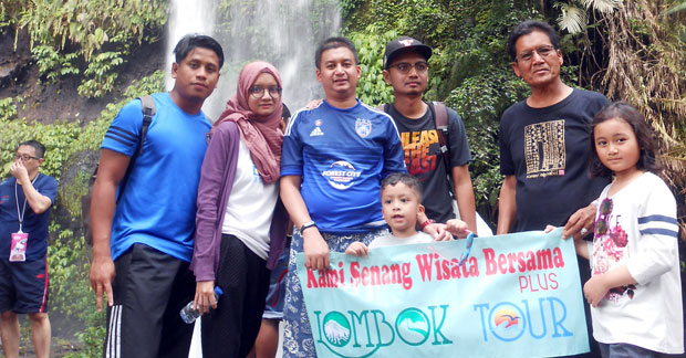 Wisata di Lombok Bapak Mohamad Nadzri & Keluarga