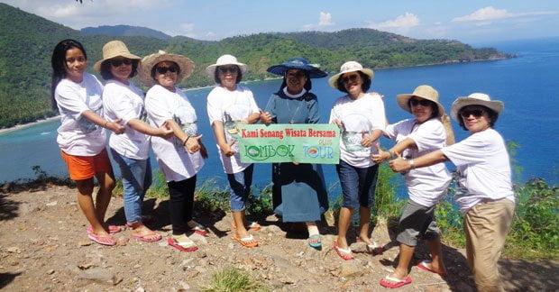 Serunya wisata Suster Xaverine dan sahabat di Lombok