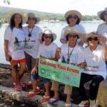 Keceriaan Wisata Suster Xaverine dan Sahabat di Lombok