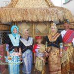 Wisata Ibu Laras di Lombok