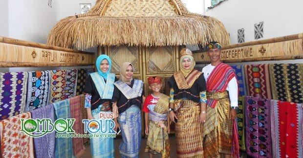 Wisata Ibu Laras dan Keluarga di Lombok