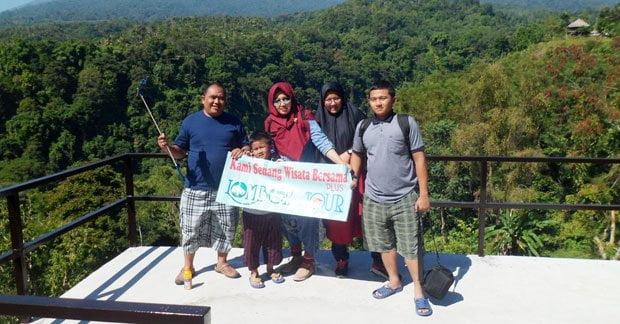 Wisata ceria bapak Heri Pitono bersama keluarga di Lombok