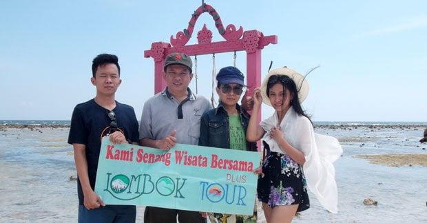 Wisata Bapak Wely dan Keluarga di Gili Trawangan Lombok