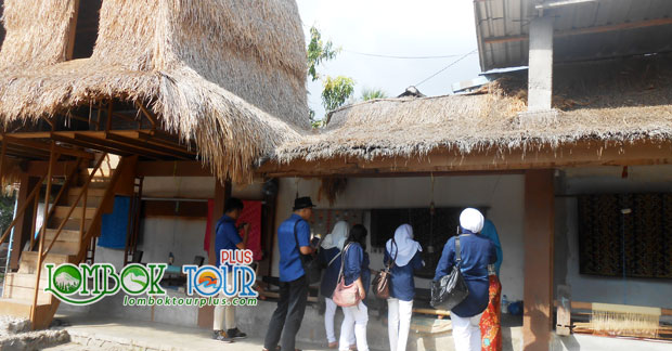 Wisata di Lombok Bapak Varian & Keluarga