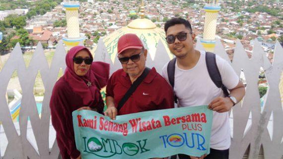 Foto Wisata Bapak Bima Dan keluarga Liburan di Lombok