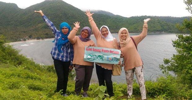 Berlibur bersama sahabat di Lombok