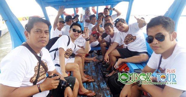 Perjalanan wisata Bapak Joni dan sahabat menuju Gili Lombok