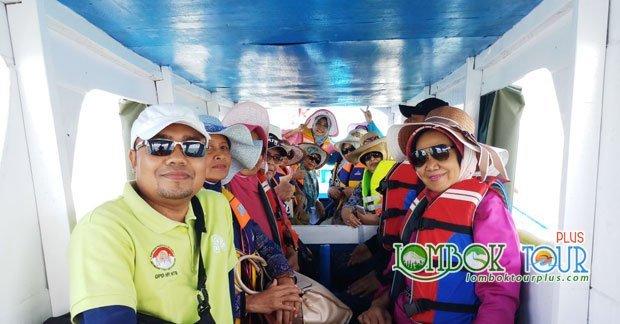 Perjalanan menuju wisata pantai Pink Lombok