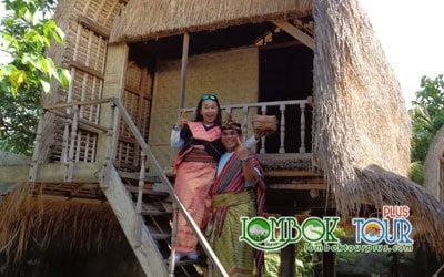 Wisata Desa Sukarara