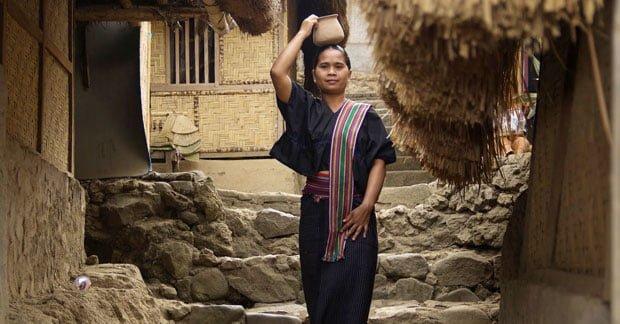Lambung pakaian adat sasak lombok